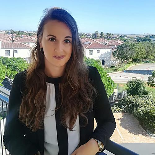 Larissa - Recruitment Specialist